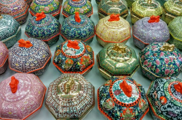 Benjarong painted crockery from Thailand