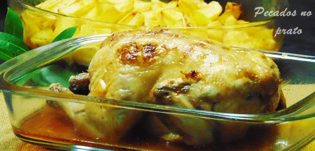 Frango assado no forno à portuguesa