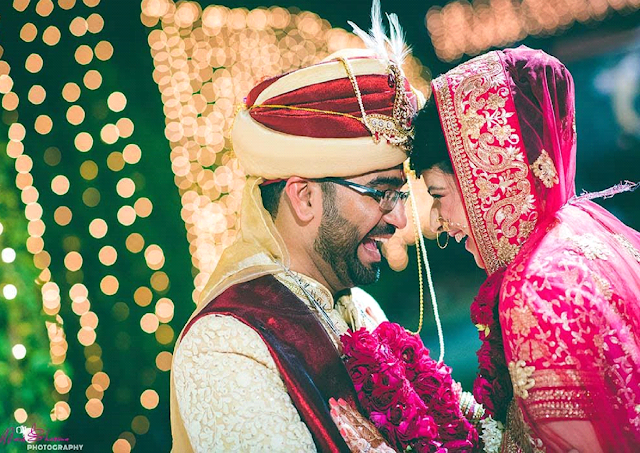 Aditya – Stuti Wedding shoot – A photograph of two looking at one another narrates the story of their love.