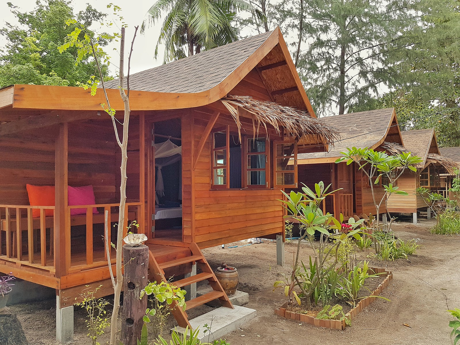 Bamboo garden rooms at lipe beach resort koh lipe - Compared To The Bamboo Garden Rooms The Built And Finishing Is Far More Superior And Comfortable Quite The Sturdy Setup With A Little Porch Outside For
