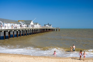 holidays cabin suffolk, southwold pier