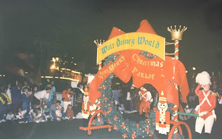 Disney World Very Merry Christmas Parade opening float