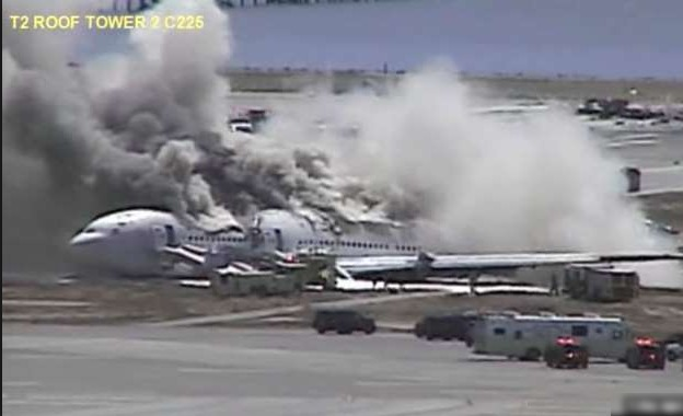 New Video Surfaces On The Internet Showing 2013 Asiana 214 Plane Crash from Control Tower