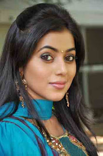 Shamna Kasim (Poorna) Profile Biography Family Photos and Wiki and Biodata, Body Measurements, Age, Husband, Affairs and More...