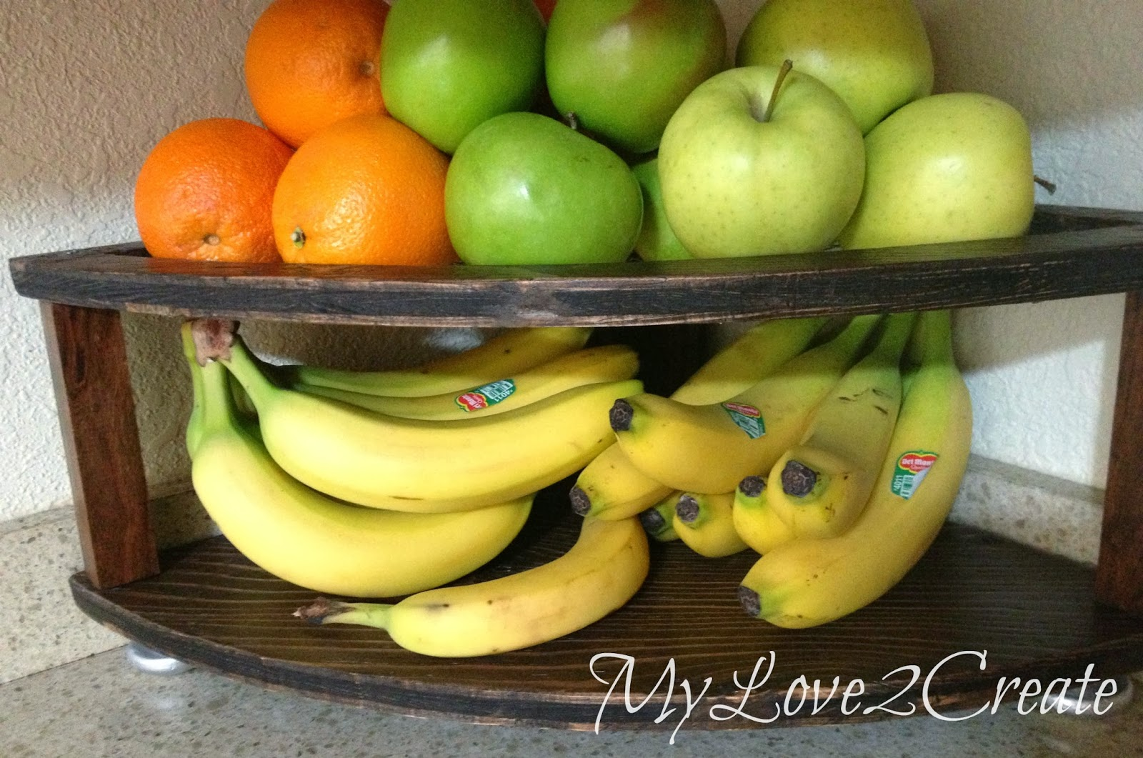 MyLove2Create, DIY Corner Fruit Tower