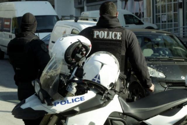 Τρίπολη Αλλοδαπός επιτέθηκε με τούβλο σε θαμώνες καφετερίας