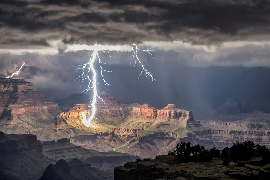 Grand Canyon, Arizona - 7 Epic Displays Of Lightning