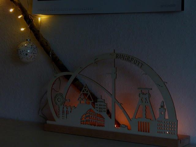 Weihnachtsdeko Advent Deko DIY Birkenast Lichterkette Weihnachtskugeln Weihnachtsschmuck