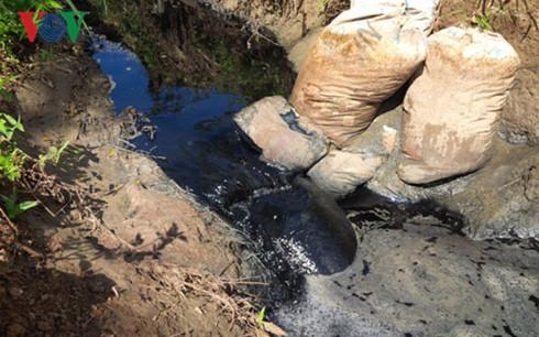 Gia Lai: Sông Ba bốc mùi hôi thối, người dân An Khê bức bối