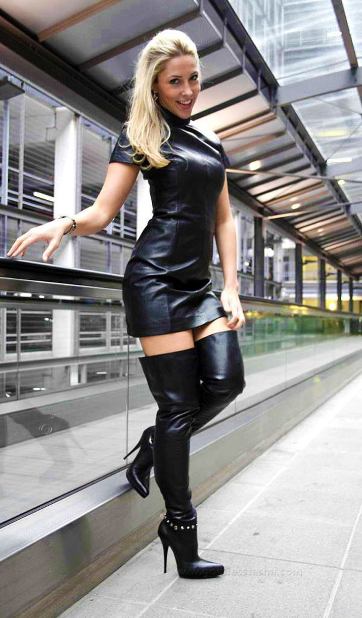 Lovely Ladies In Leather Miscellaneous Leather 50 -6891