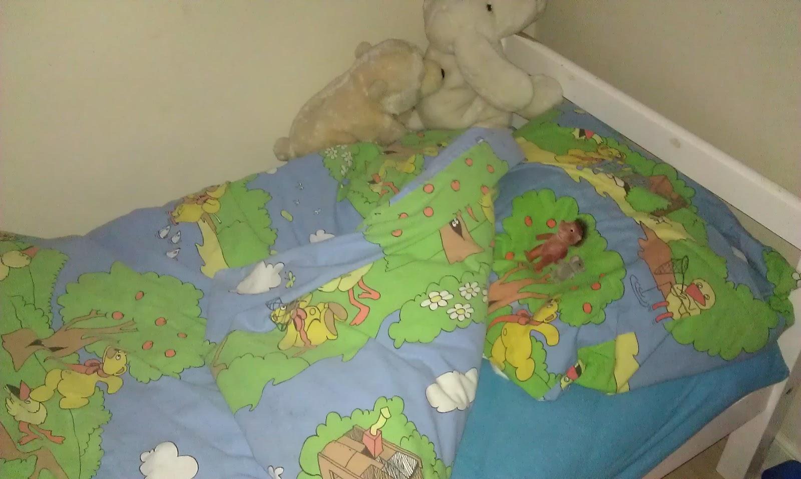 bamse og kylling sengetøj Den retro husmoder: bamse og kylling på lager: ) * SOLGT* bamse og kylling sengetøj