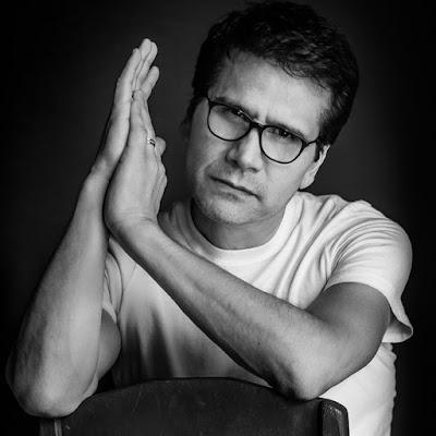 Artista. Jesús Adrian Romero