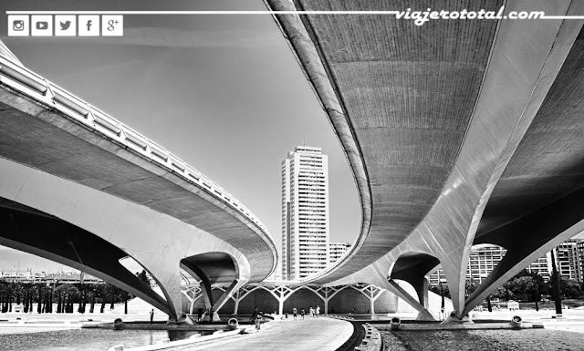 Puente de Valencia, España