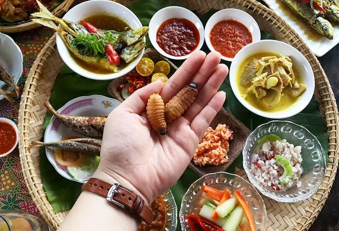21 Extraordinary Pictures Of National Foods That Seem Uncanny To The Rest Of The World - Butod, Malaysia