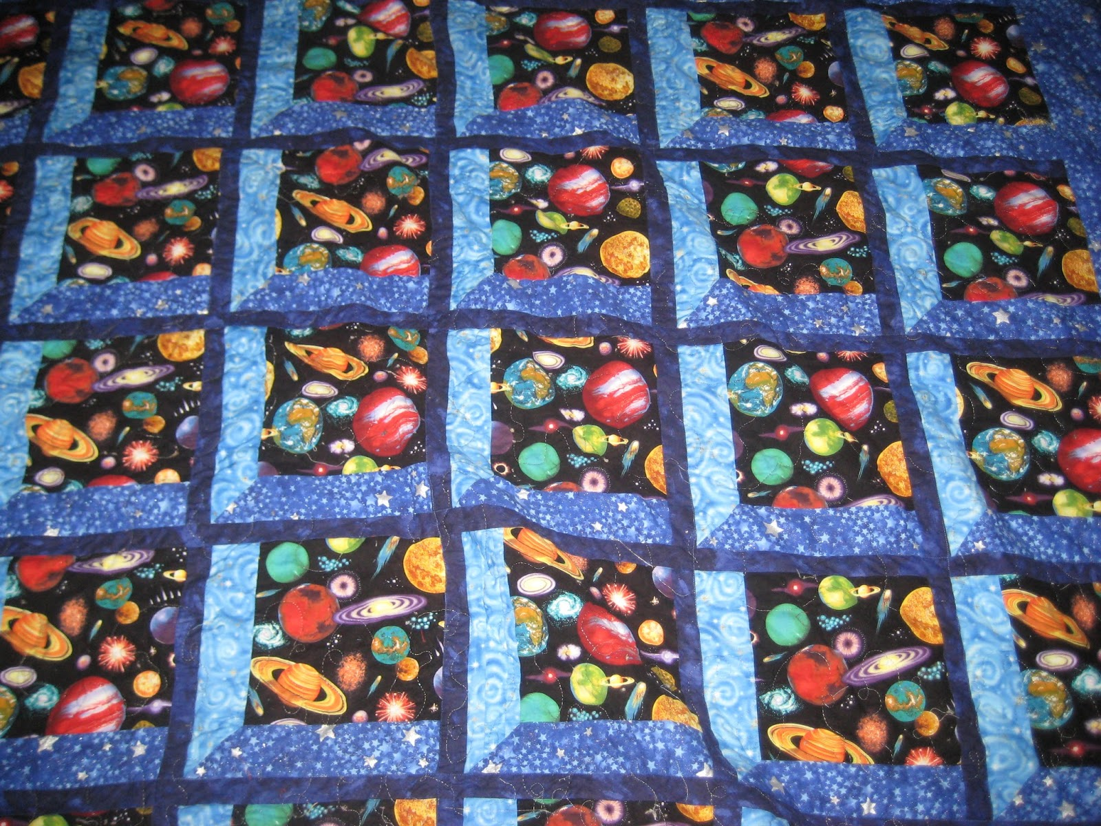 Pondering cat attic window quilt for Window pane quilt design