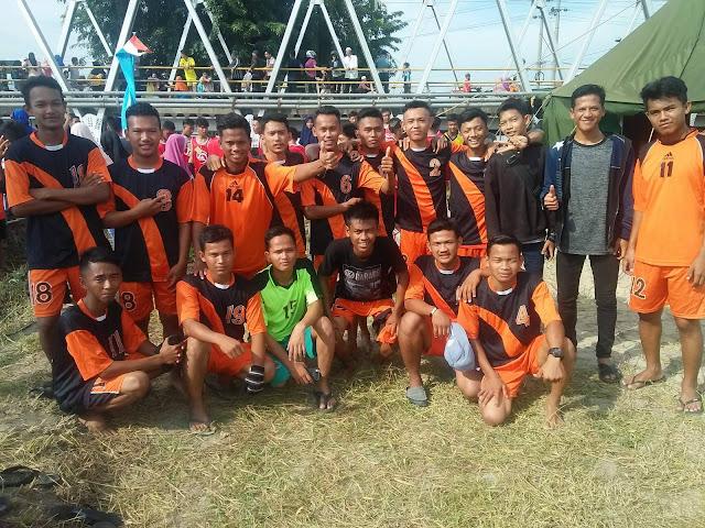 SMKN2 Tanjungbalai Saat Lomba Perahu Naga 2017