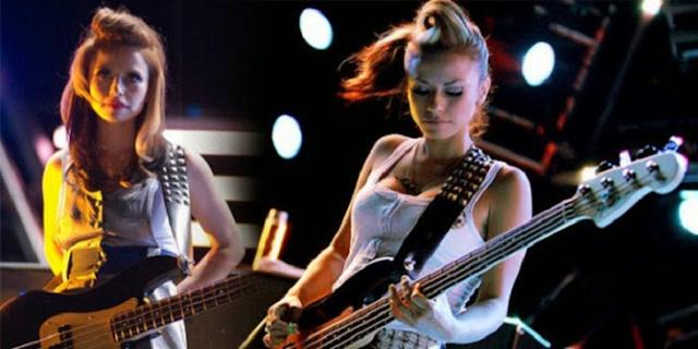7 Gitaris Rock Cewek Yang Terkenal Didunia