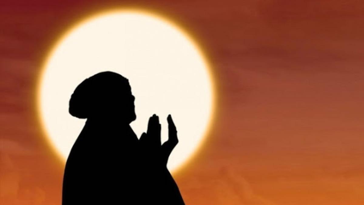 Gambar Kartun Wanita Muslimah Sedang Berdoa Medsos Kini
