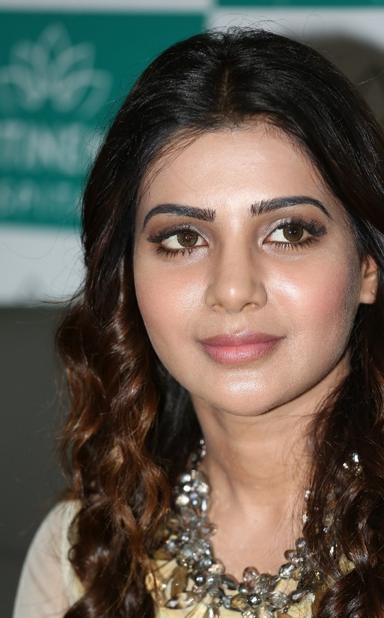 Samantha Latest Very Hot Beautiful Stills