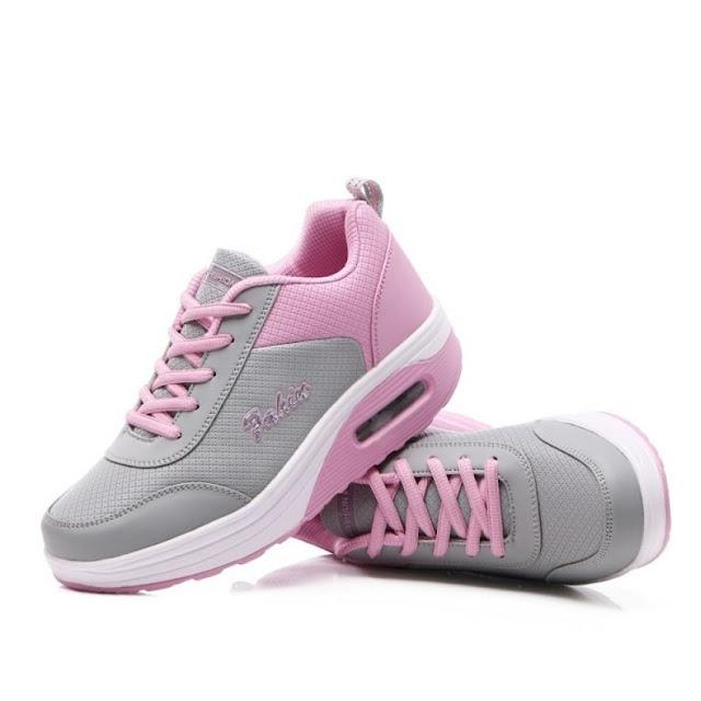 Fashion Sepatu Wanita Berbagai Model