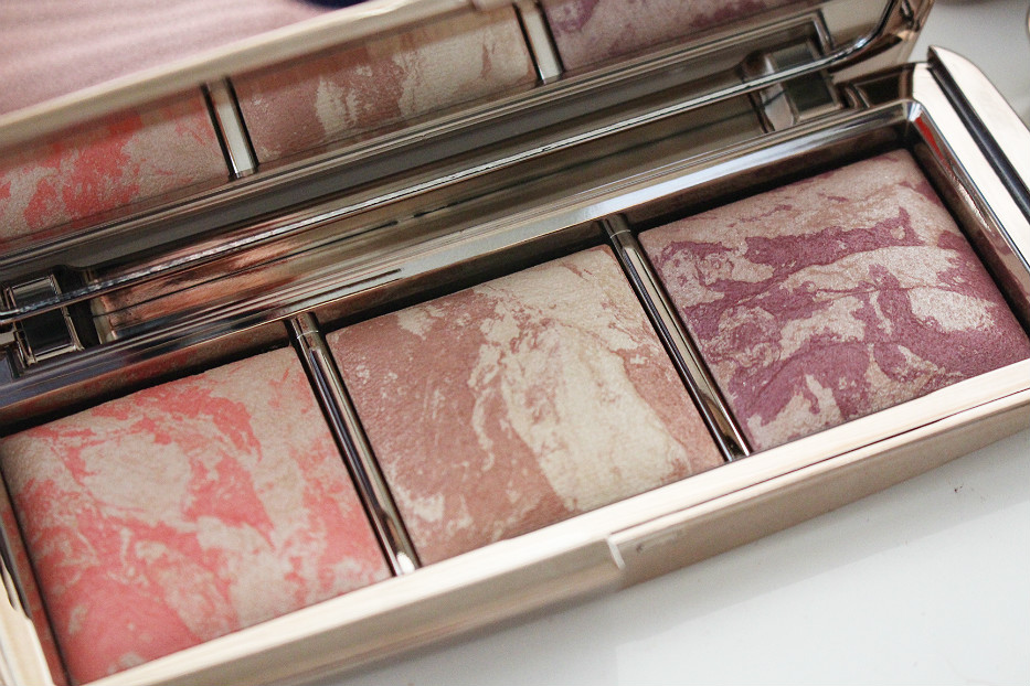 Hourglass Ambient Strobe Lighting Blush Palette swatch review