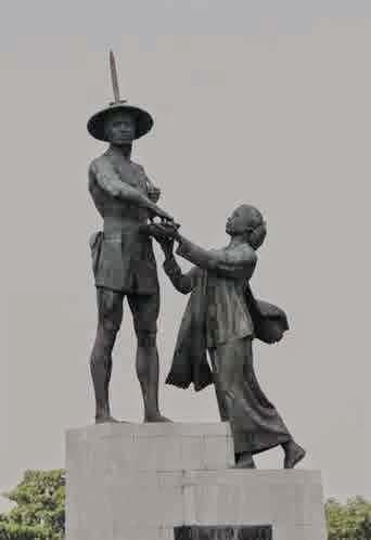 Pembuatan patung pahlawan dan sejarahnya