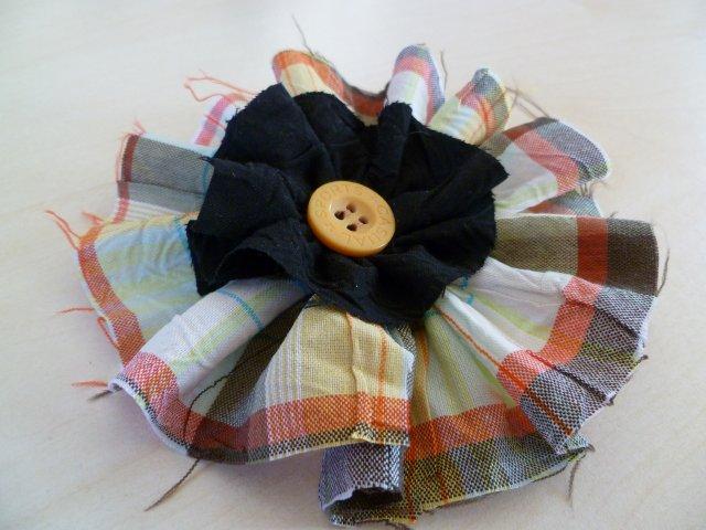 354b3f7293d Marly Design: stoffen bloemen maken 1.