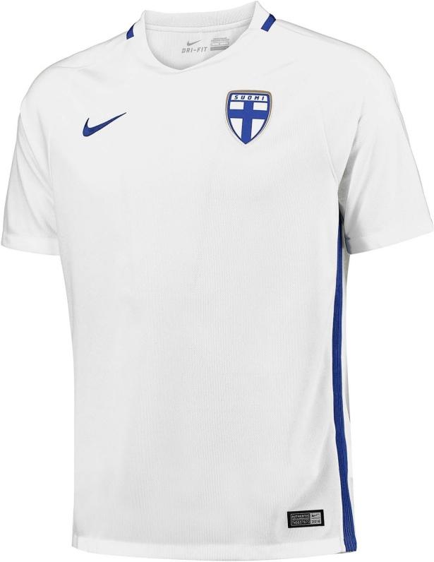 7643d5614bd96 A Nike apresentou o novo uniforme titular que a seleção de futebol da  Finlândia usará durante a temporada 2016 17. O modelo é predominantemente  branco com ...