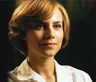 Begona interpretada por Aura Garrido