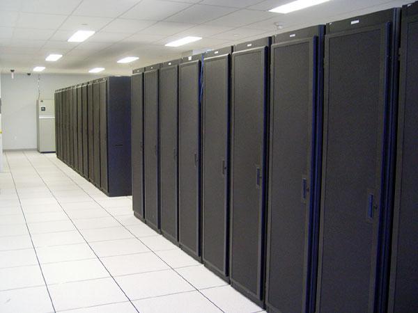 Red Hat doa dois servidores novos de alto desempenho para o Projeto GNOME!