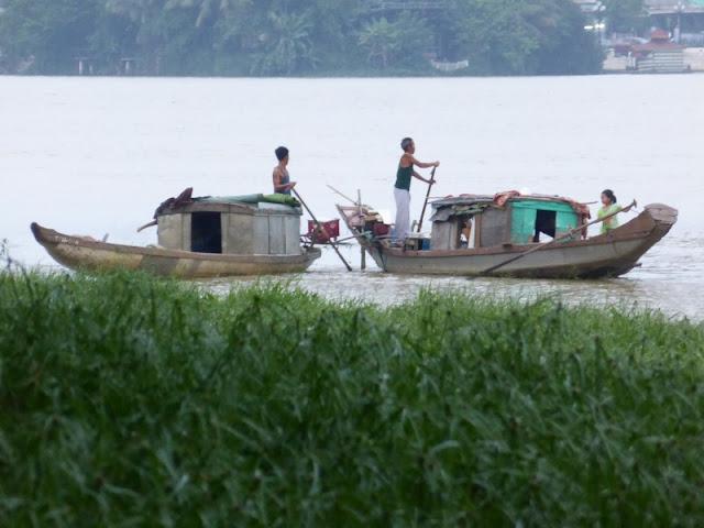 Pescadores en Hué