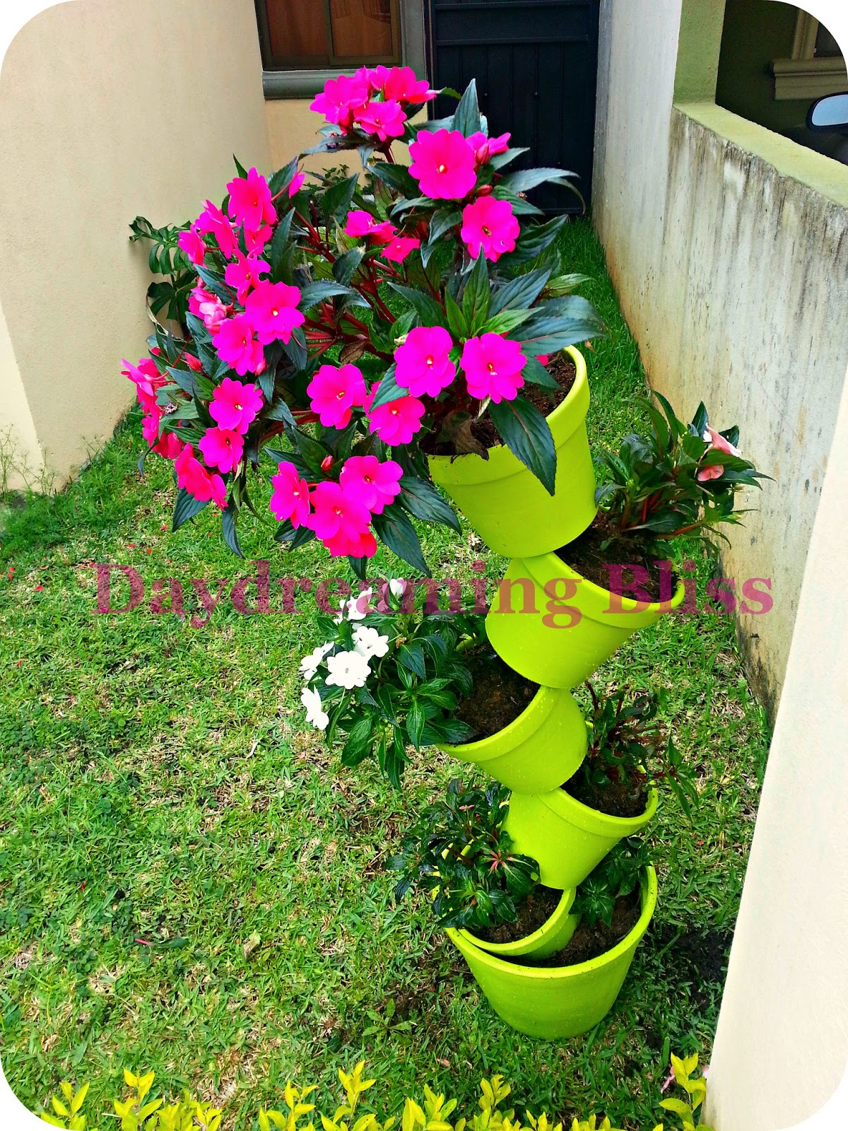 Daydreaming Bliss & Daydreaming Bliss: Tipsy flower pot tower