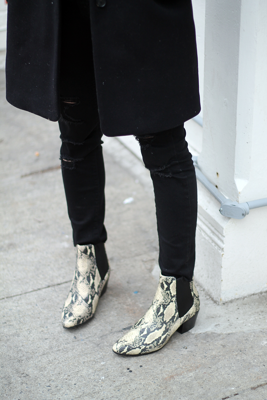 821afafd0ffad ... and on sale) Old Navy Mid-Rise Raw-Edge Rockstar  item 5 Women s Shoes Sam  Edelman REESA ...