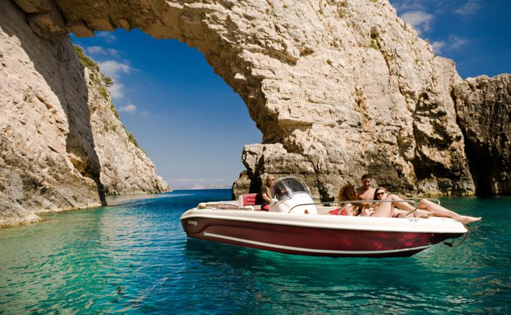 Boat-trips in Zante, Greece: per hour, per day, with and without skipper!