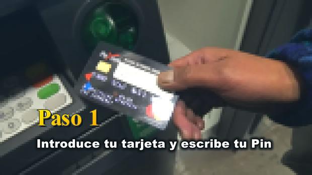 PASO 1: Ingresa tu tarjeta Payoneer y escribe tu Pin