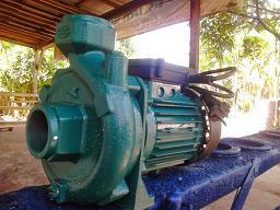"""Pompa Air Tipe """"D 401""""1,5 Dim Memakai Motor 450 Watt"""