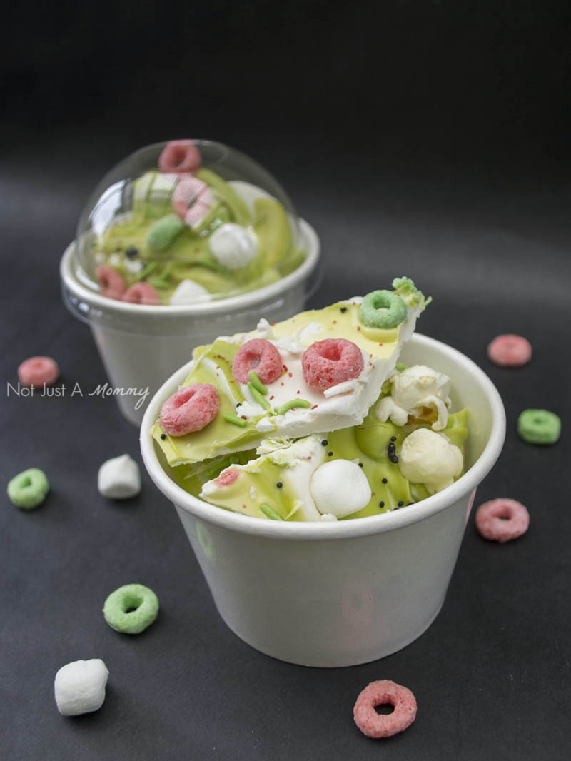 Froot Loops Popcorn Bark; Ghostbusters inspired cereal snack ideas