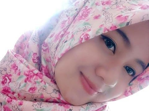 Hijab Girl With Flowers
