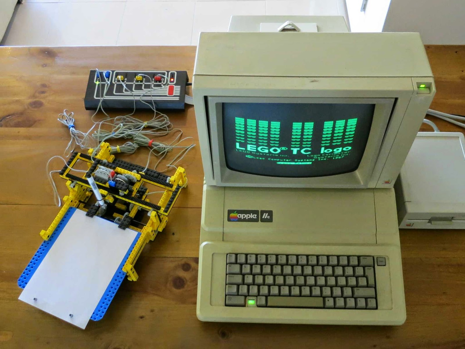 Apple II Projects: LEGO - LEGO's first programmable product