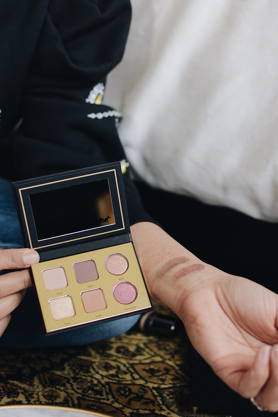 makeup on the go, makeup you need when traveling, tarte makeup, easy makeup tips, maekup, beauty blogger, myriad musings