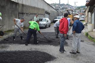 Prefeitura de Teresópolis repara asfaltamento de importantes vias da cidade