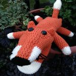 http://www.ravelry.com/patterns/library/fox-puppet-2