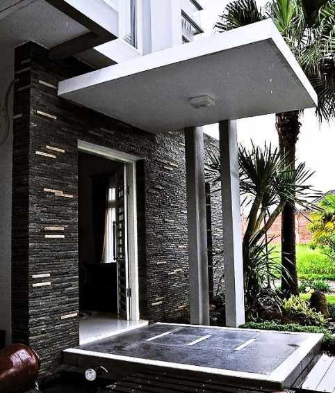 gambar contoh desain teras rumah minimalis unik dan lucu