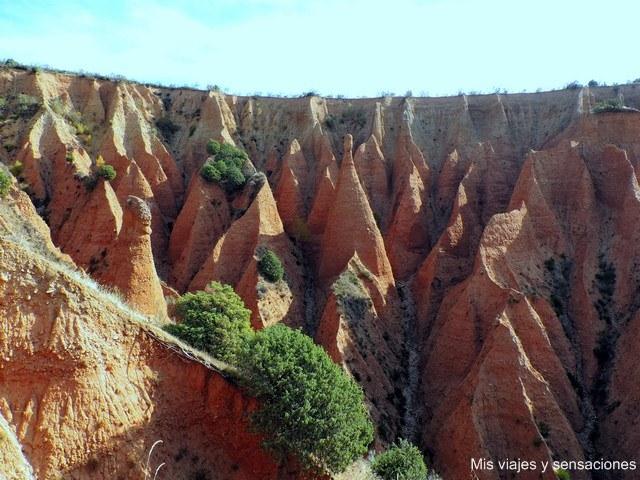 Las cárcavas, uno de los lugares más singulares del Valle del Lozoya