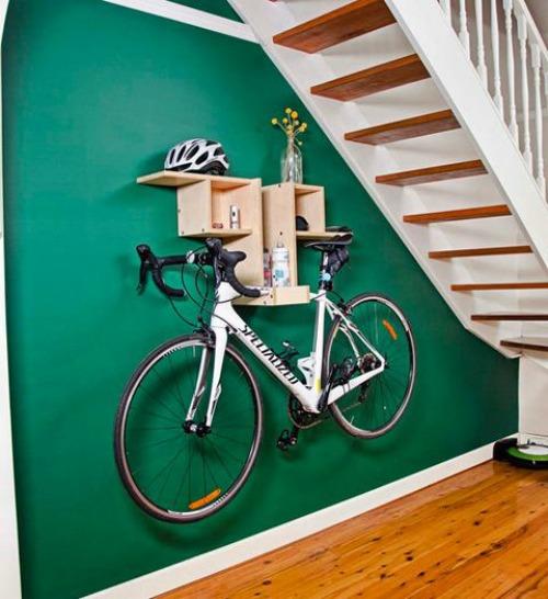 De lunes a domingo c mo guardar tu bicicleta y decorar la for Como guardar la bici en un piso