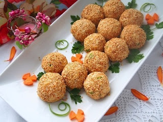 salatnye-shariki-a-lya-mimoza