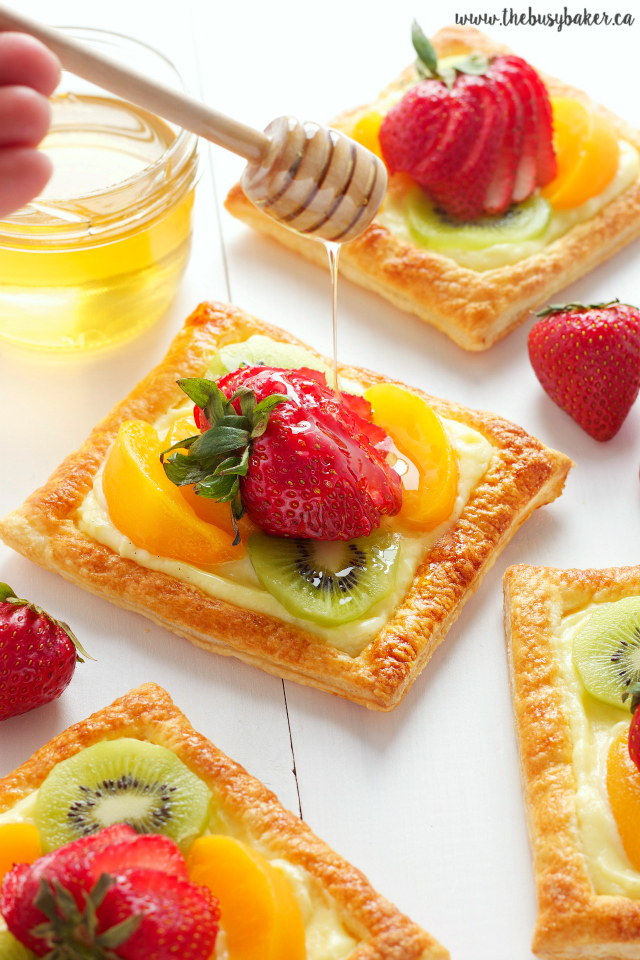 https://thebusybaker.ca/2016/06/honey-glaze-fruit-tart-vanilla-custard.html