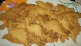 galletas echas de dinosaurios