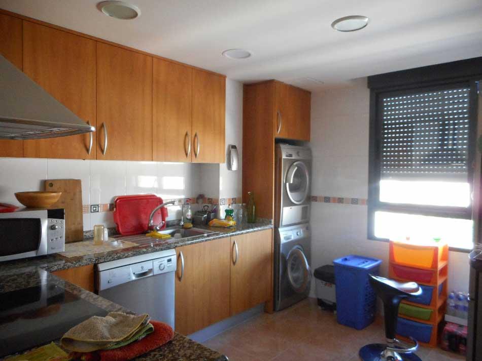 duplex en venta castellon calle huesca cocina