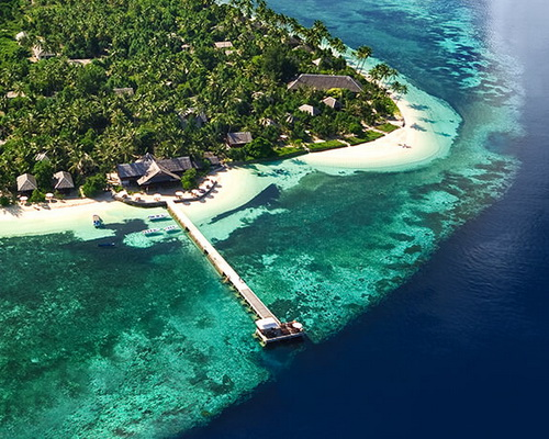 Tinuku.com Travel Wakatobi National Park, paradise islands and atolls line in Coral Triangle for diving and snorkeling